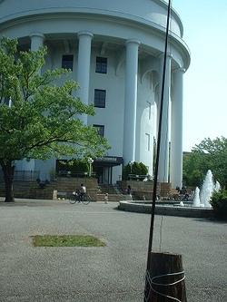 2008042702